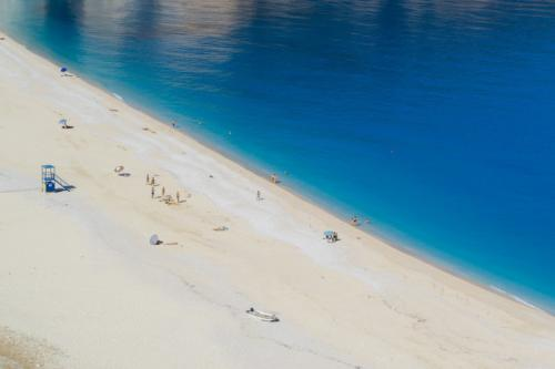 beach-2570882 960 720